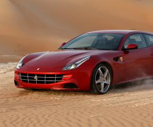 Ferrari FF photo 7