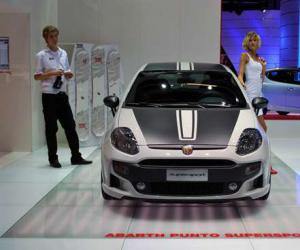 Fiat Punto Supersport photo 2