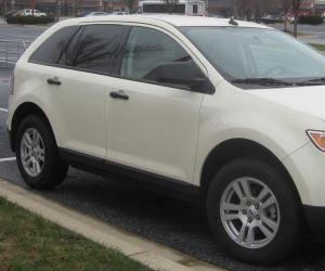Ford Edge photo 1