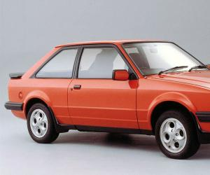 Ford Escort photo 4
