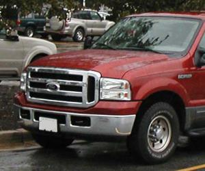 Ford Excursion photo 2