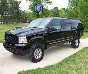 Ford Excursion photo 8