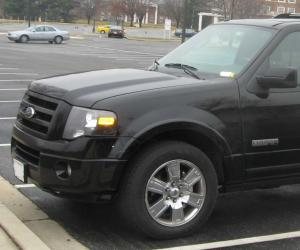 Ford Expedition photo 1