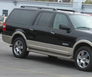 Ford Expedition photo 3
