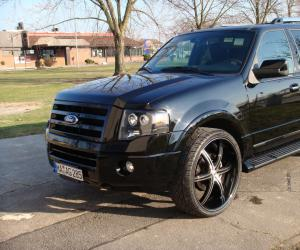 Ford Expedition photo 7