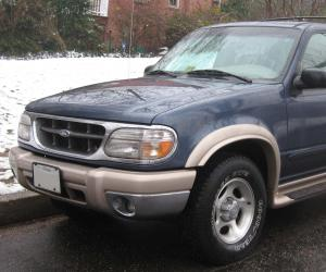 Ford Explorer photo 1