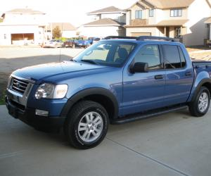 Ford Explorer Sport Trac photo 8