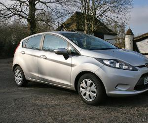Ford Fiesta ECOnetic photo 2