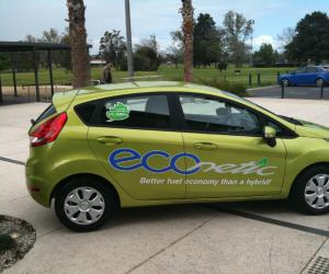 Ford Fiesta ECOnetic photo 3