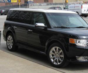 Ford Flex photo 1