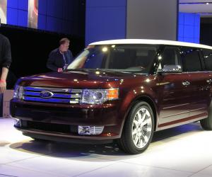 Ford Flex photo 3