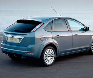 Ford Focus 2.0 photo 1