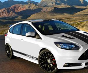 Ford Focus ST photo 2