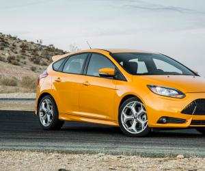 Ford Focus ST photo 3