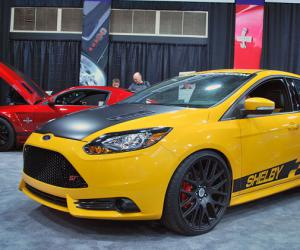 Ford Focus ST photo 6