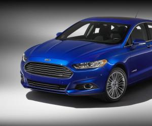 Ford Fusion photo 4