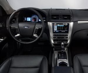 Ford Fusion photo 5