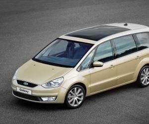 Ford Galaxy photo 1