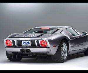 Ford GT photo 13