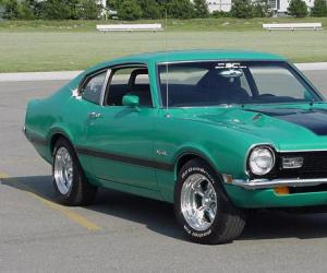 Ford Maverick photo 1