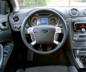 Ford Mondeo 2.0 TDCi photo 7