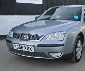 Ford Mondeo 2.0 TDCi photo 9