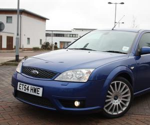 Ford Mondeo 2.2 TDCI photo 2