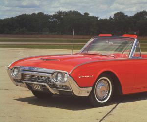 Ford Thunderbird photo 8