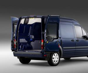 Ford Transit Connect photo 3