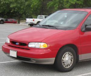 Ford Windstar photo 1