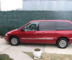 Ford Windstar photo 8