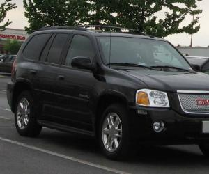 GMC Envoy photo 1