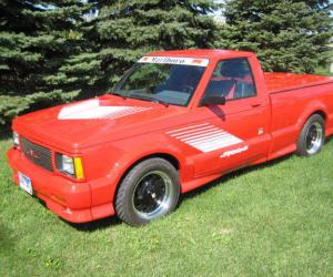 GMC Syclone photo 4