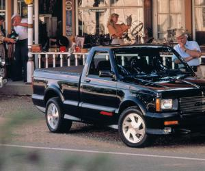 GMC Syclone photo 5