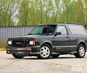 GMC Typhoon photo 1