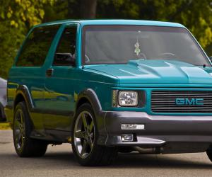 GMC Typhoon photo 6