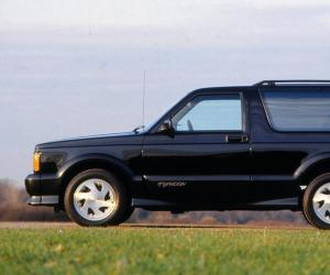 GMC Typhoon photo 7