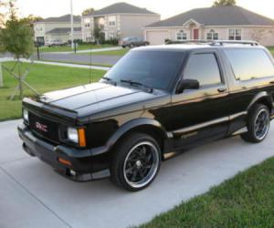 GMC Typhoon photo 8