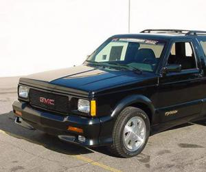 GMC Typhoon photo 10