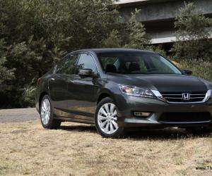 Honda Accord photo 5
