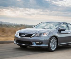 Honda Accord photo 10