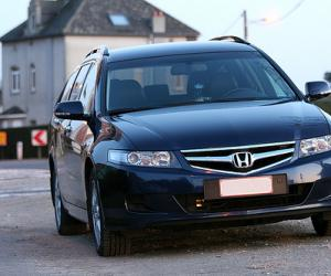 Honda Accord Tourer 2.2 i-CTDi photo 4