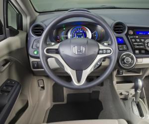 Honda Insight photo 4