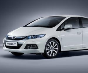 Honda Insight photo 5