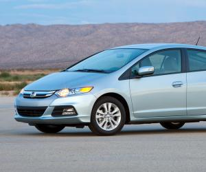 Honda Insight photo 8