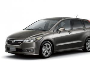 Honda Stream photo 9