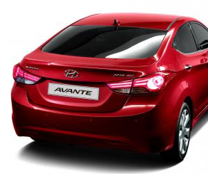 Hyundai Elantra photo 7