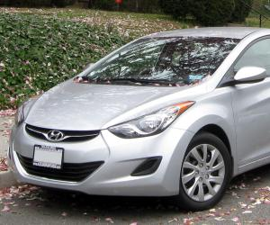 Hyundai Elantra photo 11