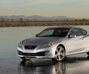 Hyundai Genesis Coupe photo 4
