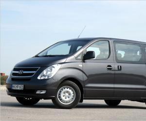 Hyundai H1 Travel photo 2